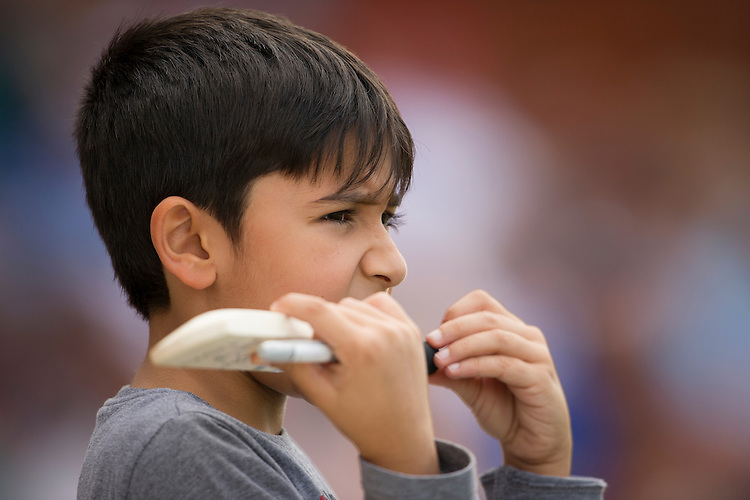 A young Pakistan fan waiting for autographs<br /> <br /> Photographer Ashley Western/CameraSport<br /> <br /> International Cricket - 4th Investec Test - England v Pakistan - Day 3 - Saturday 13th August 2016 - The Oval - London<br /> <br /> World Copyright &copy; 2016 CameraSport. All rights reserved. 43 Linden Ave. Countesthorpe. Leicester. England. LE8 5PG - Tel: +44 (0) 116 277 4147 - admin@camerasport.com - www.camerasport.com