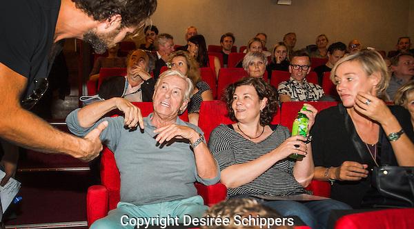UTRECHT - NFF. Paul Verhoeven, Mita de Groot, Elisabeth van Zijll Langhout. Bij de premiere van Verhoeven versus Verhoeven. FOTO DESIREE SCHIPPERS