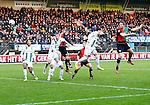 Nederland, Nijmegen, 27 januari 2013.Eredivisie.Seizoen 2012-2013.N.E.C.-FC Groningen .Rens van Eijden van N.E.C. kopt de 1-0 binnen.