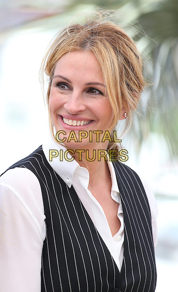 Julia Roberts at 'Money Men' photocall during the 69th International Cannes Film Festival, France<br /> May 12, 2016<br /> CAP/GOL<br /> &copy;GOL/Capital Pictures