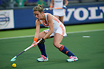 The Hague, Netherlands, June 07: Ellen Hoog #19 of The Netherlands controls the ball during the field hockey group match (Group A) between Australia and The Netherlands on June 7, 2014 during the World Cup 2014 at Kyocera Stadium in The Hague, Netherlands. Final score 0-0 (0-2) (Photo by Dirk Markgraf / www.265-images.com) *** Local caption ***