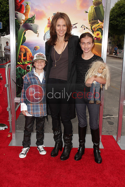 Amy Brenneman<br />