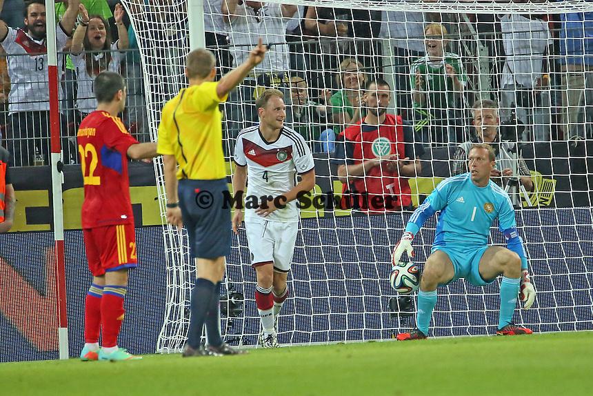 Tor von Benedikt Höwedes (D) - Deutschland vs. Armenien in Mainz