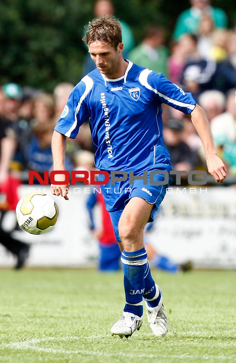 FBL  2008/2009  Testspiel<br /> Werder Bremen - Kickers Emden in Leer-Loga<br /> Markus Unger (Kickers #17)<br /> <br /> Foto &copy; nph (  nordphoto  )<br /> <br /> <br /> <br />  *** Local Caption ***