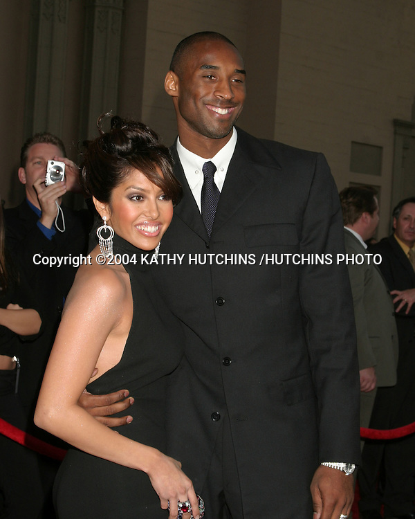 ©2004 KATHY HUTCHINS /HUTCHINS PHOTO.AMERICAN MUSIC AWARDS.LOS ANGELES, CA.NOVEMBER 14, 2004..KOBE BRYANT AND WIFE VANESSA