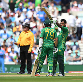 June 18th 2017, The Kia Oval, London, England;  ICC Champions Trophy Cricket Final; India versus Pakistan; Fakhar Zaman of Pakistan takes the crowds applause as he celebrates his 50 runs