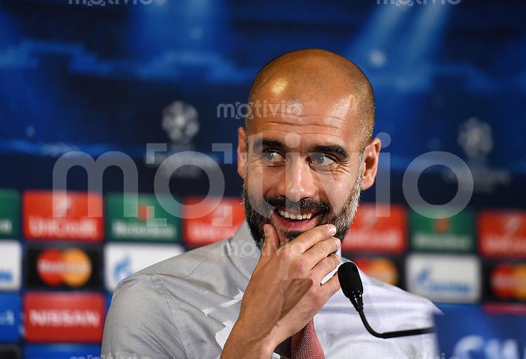 FUSSBALL   CHAMPIONS LEAGUE   SAISON 2014/2015   Vorrunde AS Rom - FC Bayern Muenchen        20.10.2014 Pressekonferenz  FC Bayern Muenchen: Trainer Pep Guardiola