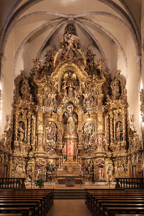 Espagne, Catalogne, Costa Brava, Cadaqués, église Santa Maria de Cadaqués, le retable baroque // Spain, Catalonia, Costa Brava, Cadaques, Santa Maria church, baroque altarpiece