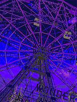 wonder wheel amusement ride