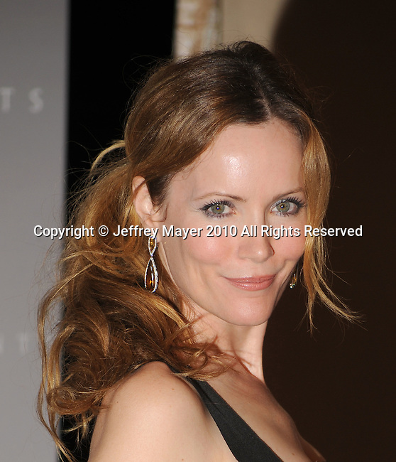 CENTURY CITY, CA. - June 01: Leslie Mann  arrives at the 2010 Crystal + Lucy Awards: A New Era at Hyatt Regency Century Plaza on June 1, 2010 in Century City, California.