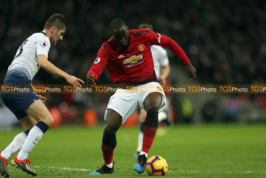 Romelu Lukaku of Manchester United and Ben Davies of Tottenham Hotspur during Tottenham Hotspur vs Manchester United, Premier League Football at Wembley Stadium on 13th January 2019