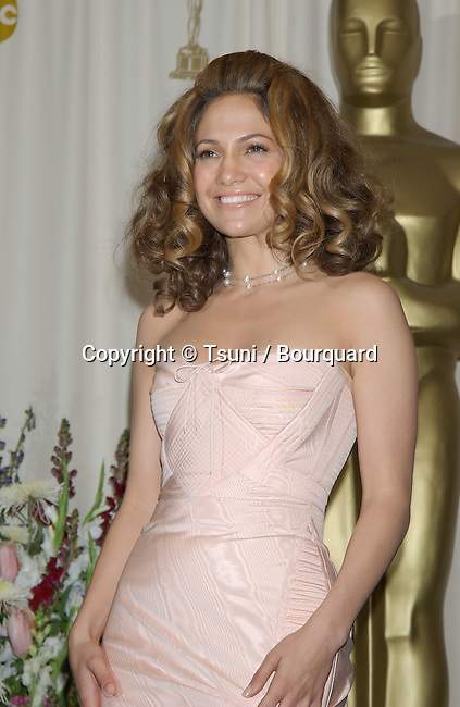 Jennifer Lopez, backstage at the 74th Annual Academy Awards, at The Kodak Theatre in Hollywood, CA. 3/24/2002.<br />           -            LopezJennifer77.jpg
