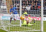 03.11.18 St Mirren v Rangers: Alfredo Morelos scores for Rangers