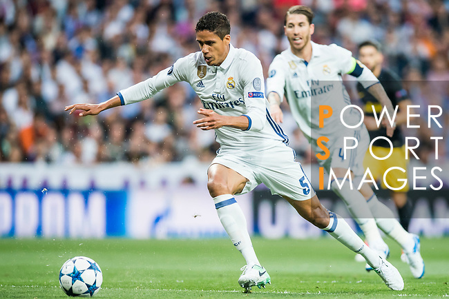 Raphael Varane of Real Madrid in action during their 2016-17 UEFA Champions League Semifinals 1st leg match between Real Madrid and Atletico de Madrid at the Estadio Santiago Bernabeu on 02 May 2017 in Madrid, Spain. Photo by Diego Gonzalez Souto / Power Sport Images