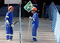 SÃO PAULO,SP,22 MAIO 2012 -  VISTORIA OBRAS ITAQUERÃO <br /> Funcionarios trabalham nas obras da Arena de Itaquera, na capital paulista.FOTO ALE VIANNA - BRAZIL PHOTO PRESS.