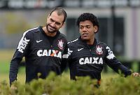 SÃO PAULO,SP, 23 julho 2013 -  Danilo e Romarinho  durante treino do Corinthians no CT Joaquim Grava na zona leste de Sao Paulo, onde o time se prepara  para para enfrenta o Sao Paulo pelo campeonato brasileiro . FOTO ALAN MORICI - BRAZIL FOTO PRESS