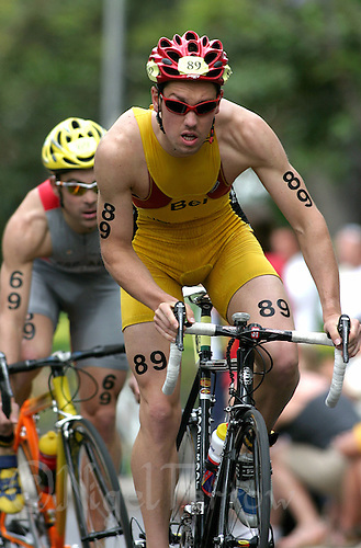 09 MAY 2004 - FUNCHAL, MADEIRA - Frederik van Lierde (BEL) - Elite Mens World Triathlon Championships. (PHOTO (C) NIGEL FARROW)
