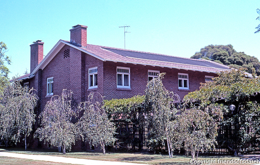 Irving Gill: Arthur Marston House, 3575 7th Ave., San Diego. 1909. (Arthur, son of George Marston demanded brick.) Photo 2001.