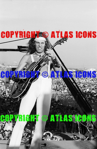 TED NUGENT, LIVE,1978, CAL JAM 2, NEIL ZLOZOWER