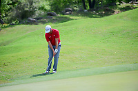 Jon Rahm (ESP) chips up tight on 5 during round 7 of the World Golf Championships, Dell Technologies Match Play, Austin Country Club, Austin, Texas, USA. 3/26/2017.<br /> Picture: Golffile | Ken Murray<br /> <br /> <br /> All photo usage must carry mandatory copyright credit (&copy; Golffile | Ken Murray)