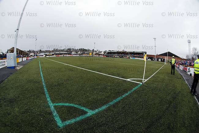 The narrowed pitch at Alloa