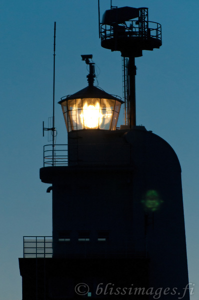 Kylmäpihlaja Light shines in morning twilight off Rauma, Finland.