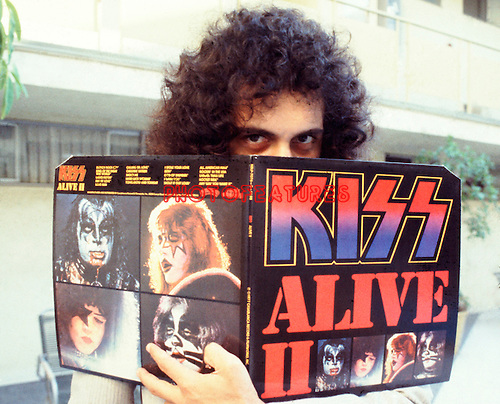 Kiss 1978 Gene Simmons promotes the second Kiss Alive.© Chris Walter.