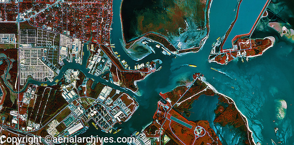 historical infrared aerial photograph of Port of Houston, Texas, 1995