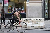 NOVA YORK, EUA, 27.09.2019 - POLITICA-EUA - Frase fora Trump em referencia ao presidente norte-americano Donald Trump é vista na cidade de Nova York,na semana da Assembleia Geral da ONU nesta sexta-feira, 27. (Foto: Vanessa Carvalho/Brazil Photo Press/Brazil Photo Press)