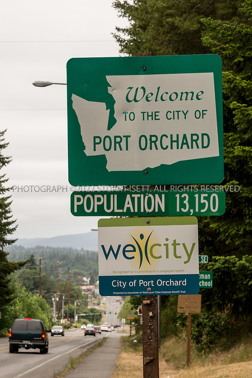 5/30/2015&mdash;Port Orchard, Washington, USA<br /> <br /> <br /> A welcome to Port Orchard sign. Melford Warren Jr., 43, lived with his two lovers, Shannon Felicia Ann Smith, 41, and Amanjot Kaur Jaswal, 28 in Port Orchard, Washington. Warren has been charged with child rape and related crimes on allegations stemming from his family&rsquo;s stay at this Port Orchard home.<br /> <br /> <br /> Photograph by Stuart Isett<br /> &copy;2014 Stuart Isett. All rights reserved.