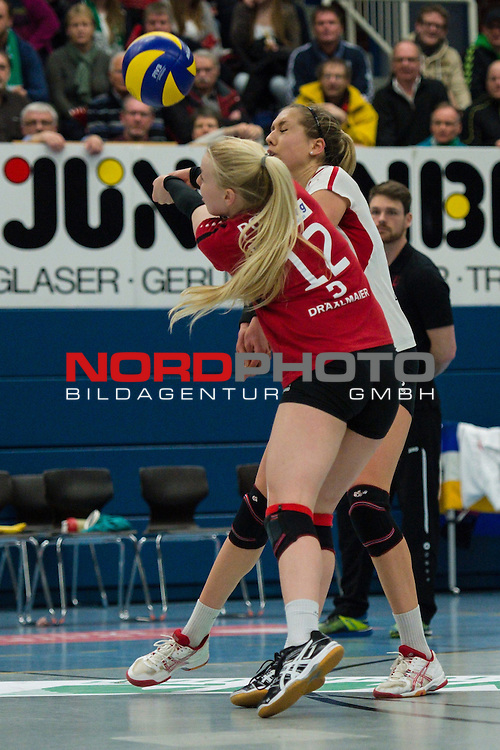 21.02.2015, Halle Berg Fidel, Muenster<br /> Volleyball, Bundesliga Frauen, USC M&uuml;Ÿnster / Muenster vs. Rote Raben Vilsbiburg<br /> <br /> Annahme Anna Pogany (#12 Vilsbiburg) / Libero<br /> <br />   Foto &copy; nordphoto / Kurth
