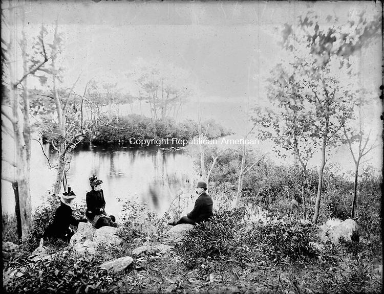 Frederick Stone negative. Quassapaug, 1892.