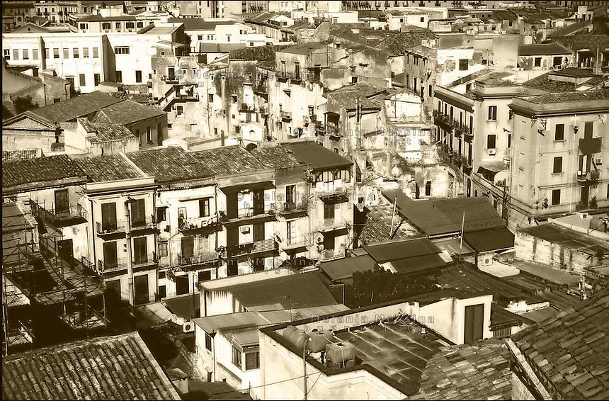 The area of historical market Ballaro' di Palermo.<br /> Il quartiere storico del mercato Ballaro' di Palermo.