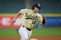 Stephen Scott (19) of the Vanderbilt Commodores hustles towards home plate against the Houston Cougars during game nine of the 2018 Shriners Hospitals for Children College Classic at Minute Maid Park on March 3, 2018 in Houston, Texas. The Commodores defeated the Cougars 9-4. (Brian Westerholt/Four Seam Images)