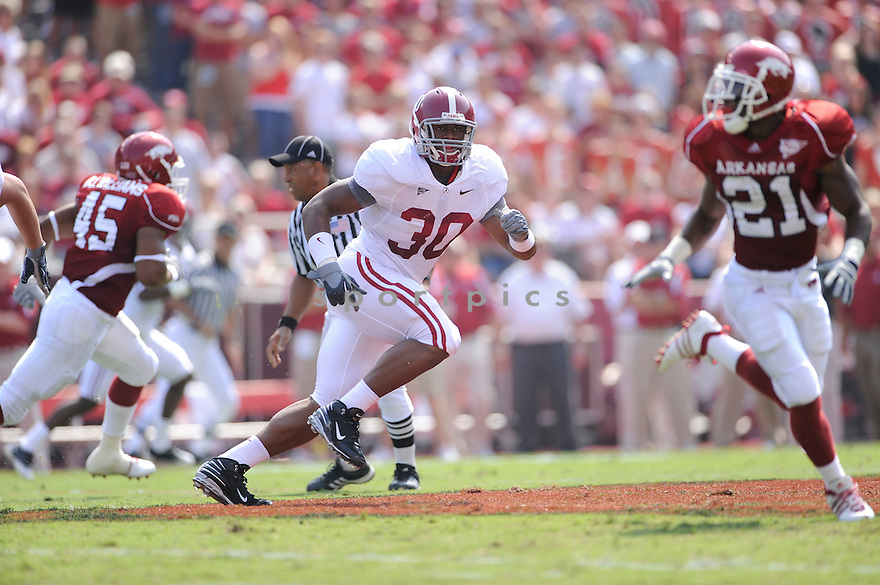 Dont'a Hightower(30) / Alabama Crimson Tide,DONT'A HIGHTOWER,ALABAMA