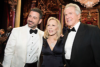 Host Jimmy Kimmel poses with Faye Dunaway and Warren Beatty during the live ABC Telecast of The 90th Oscars&reg; at the Dolby&reg; Theatre in Hollywood, CA on Sunday, March 4, 2018.<br /> *Editorial Use Only*<br /> CAP/PLF/AMPAS<br /> Supplied by Capital Pictures