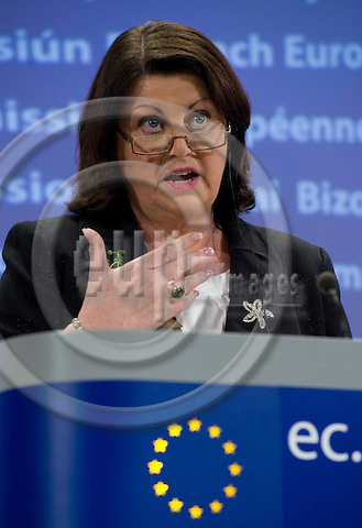 Brussels-Belgium - March 17, 2010 -- Máire (Maire) GEOGHEGAN-QUINN, European Commissioner from Ireland and in charge of Research, Innovation and Science, during a press conference in the HQ of the EC -- Photo: Horst Wagner / eup-images