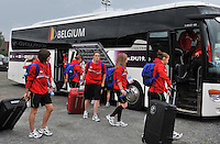 20140715 - Strømmen , NORWAY : Team Belgium pictured arriving at the stadium during the female soccer match between Women under 19 teams of  Belgium and Scotland , on the first matchday in group A of the UEFA Women Under19 European Championship at Strommen Stadion , Norway . Tuesday 15th July 2014 . PHOTO DAVID CATRY
