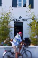 Europe/France/Poitou-Charentes/17/Charente-Maritime/Ile de Ré/Ars-en-Ré: Le Café du port