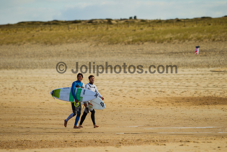 LA GRAVIERE, Hossegor/France (Monday, October 1, 2012) Miguel Pupo (BRA) and Alejo Muniz (BRA). - The Quiksilver Pro France, Event No. 7 of 10 on the 2012 ASP World Championship Tour (WCT), was put on hold today at La Graviere..The Quiksilver King of the Groms was run instead withe the quarter finals and semi finals completed in clean 1 meter surf. Mikey Wright (AUS) and Kanoa Igarashi (USA) both made it through to the final which will be held later in the week.. Photo: joliphotos.com