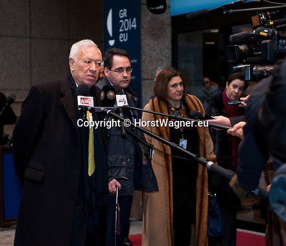 Brussels-Belgium - January 20, 2014 -- Meeting of the EU-Council on Foreign Affairs; here, 'doorstep'-briefing of the press upon arrival by José (Jose) Manuel GARCIA-MARGALLO MARFIL, Minister for Foreign Affairs and Cooperation of Spain -- Photo: © HorstWagner.eu