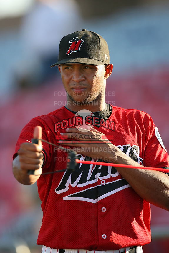 July 30 2008: Anthony Varvaro of the High Desert Mavericks before game against the Lake Elsinore Storm at Mavericks Stadium in Adelanto,CA.  Photo by Larry Goren/Four Seam Images