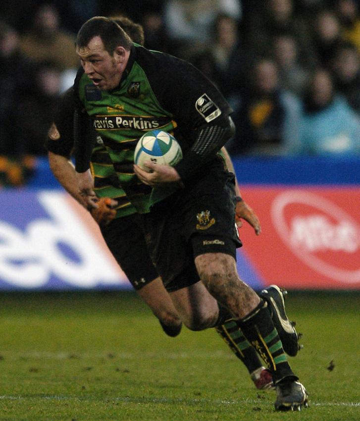 Photo: Jonathan Butler..Northampton Saints v Biarrtiz. Heineken Cup. 21/01/2007..Steve Thompson of Northampton Saints.
