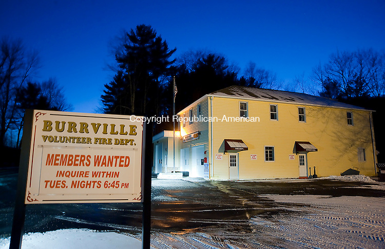 TORRINGTON, CT-122713JS08-The Burrville Volunteer Fire Department in Torrington is in need of volunteers. <br /> Jim Shannon Republican-American