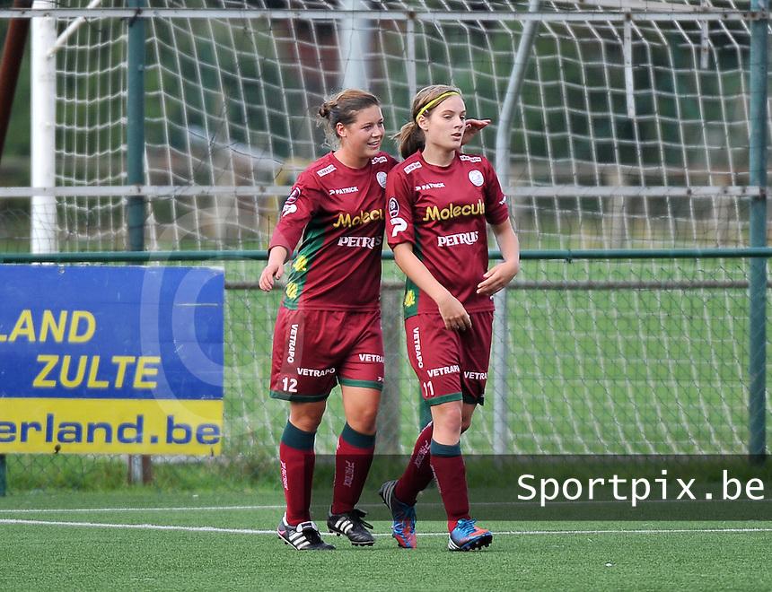 Dames Zulte Waregem - WB Sinaai Girls : Frauke Timmerman (links) en Sheryl Merchiers<br /> foto David Catry / VDB
