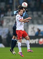 Fussball 2. Bundesliga:  Saison   2012/2013,    14. Spieltag  TSV 1860 Muenchen - 1. FC Koeln  16.11.2012 FUER DIESES FOUL bekommt Grigoris Makos (li, 1860 Muenchen) gegen Matthias Lehmann (1. FC Koeln) die ROTE KARTE