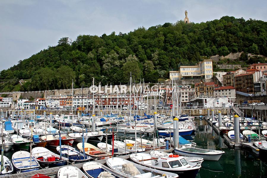 Barcos na marina em San Sebastian, Espanha. 2007. Foto de Marcio Nel Cimatti.
