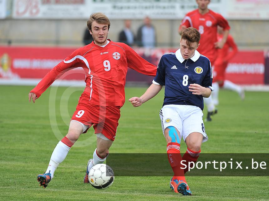 Scotland U19 - Georgia U19 : Teimurazi Markozashvili (9) and Lewis McLeod (8).foto DAVID CATRY / Nikonpro.be