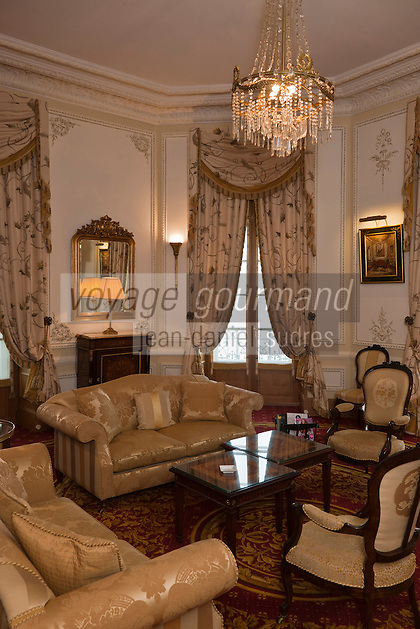 Europe/France/Aquitaine/64/Pyrénées-Atlantiques/Pays-Basque/Biarritz:  L' Hôtel du Palais  ou  Villa Eugénie - Intérieur d'une suite: Appartement de l'Impératrice Sissi [Non destiné à un usage publicitaire - Not intended for an advertising use]
