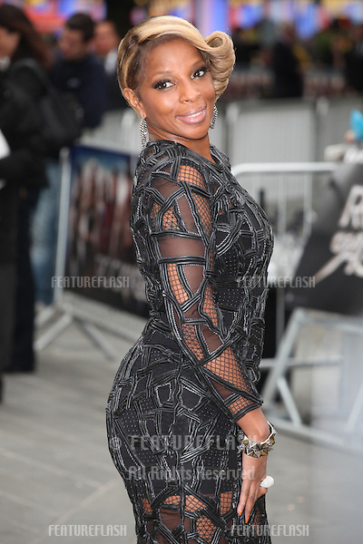 Mary J Blige arriving for the Rock Of Ages Premiere, Odeon Leicester Square, London. 10/06/2012 Picture by: Alexandra Glen / Featureflash